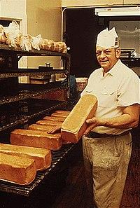 Baker New Ulm 1974.jpg