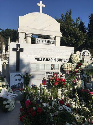 Murder of Sevag Balıkçı - Balıkçı family tomb at the Şişli Armenian Cemetery