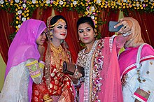 Bangladeshi women are taking Selfie at the wedding ceremony (01).jpg