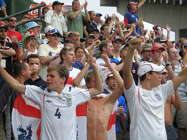 The Barmy Army chanting at the Sydney Cricket Ground Barmy Army at the SCG.JPG