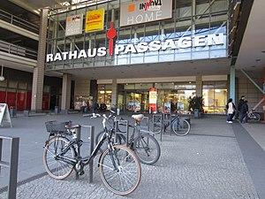 Rathauspassagen - Entrance, 2016