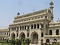 Bhul bhulaiya lucknow -- Main entrance.jpg