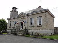 Bièvres (Aisne) mairie-école.JPG