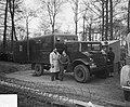 Bijzetting op Grebbeberg van 20 gesneuvelde militairen in Frankrijk, Bestanddeelnr 903-8460.jpg