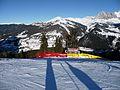 Bivio della Saslong- rossa a destra, nera a sinistra (3165952743).jpg
