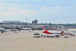 Düsseldorf Airport - Apron overview