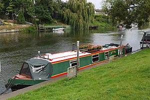 Boats On The River Avon. Bidford On Avon Warwickshire - Flickr - mick - Lumix.jpg