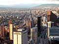 Bogota z veže Colpatria (34432642862).jpg