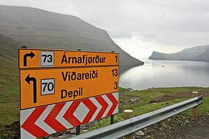 Borðoy, road to Viðoy.jpg