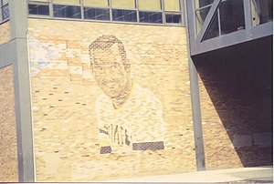 Roberto Clemente Community Academy - Mural of Roberto Clemente at the school