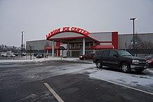 Larson Ice Center - WikiVisually