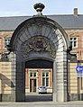 Bruges Belgium Gate-in-Heilige-Geeststraat-01.jpg