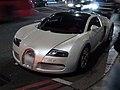 Bugatti Veyron (6663045009).jpg