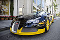 Bugatti Veyron (7160396506).jpg