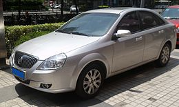 Buick Excelle facelift 01 China 2012-04-28.JPG