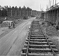 Bundesarchiv B 145 Bild-F011036-0006, Langen, Neubaugebiet mit Rohbauten.jpg