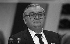 Egon Klepsch - Image: Bundesarchiv B 145 Bild F061785 0005, Hamburg, CDU Bundesparteitag, Egon Klepsch