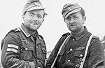 Bundesarchiv Bild 101I-278-0877-18, Russland, dekorierte Soldaten.jpg