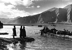 Qüxü County - Yarlung Tsangpo ferry near Qüxü 1939
