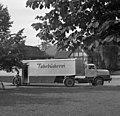 Bundesarchiv Bild 183-J0904-023-001, Dresden, Fahrbücherei (cropped).jpg