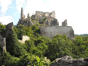 Burgruine Dürnstein - Image: Burgruine Dürnstein 2 panoramio