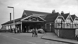 Burton-on-Trent railway station - The station at street level in 1962