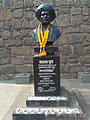 Busts of Mahatma Phule at Bindu Chowk in Kolhapur 03.jpg