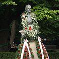 Bustul lui Mihai Eminescu din Parcul Copou, Iaşi.jpg