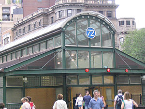BwyWalk0505 Station72ndAndBroadway.jpg