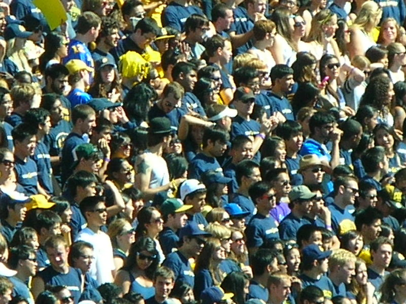 File:Cal student section at UCLA at Cal 2010-10-09 1.JPG