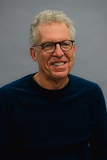 Carlton Cuse American television producer and screenwriter (born 1959)