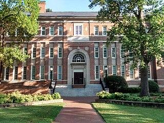 Carolina Hall (Chapel Hill, North Carolina)