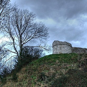 Godred Crovan - Godred could well have assisted Gruffudd in attacking the Anglo-Norman castle of Aberlleiniog on Anglesey.