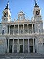 Catedral de la Almudena (2931645152).jpg