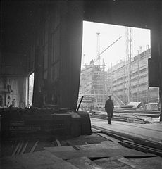 Cecil Beaton Photographs- Tyneside Shipyards, 1943 DB174.jpg
