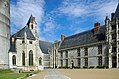 Châteaudun (Eure-et-Loir) (14828622096).jpg