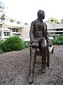 Charles Darwin Bicentenary Statue - geograph.org.uk - 1580159.jpg