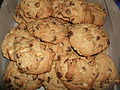 Chocolate chip macadamia nut cookies, February 2009.jpg