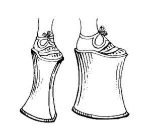Chopine - Line art drawing of a chopine.