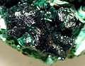 Chrysocolla-Pseudomalachite-4ja9a.jpg