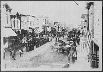 Ortonville, Minnesota - Civil War veterans on review in Ortonville 4th of July celebration, 1880s