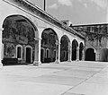 Collectie Nationaal Museum van Wereldculturen TM-20016590 San Juan. Fort San Cristobal Puerto Rico Boy Lawson (Fotograaf).jpg