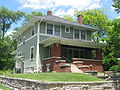 Cottage Grove Avenue East 815, Andrews Park SA.jpg