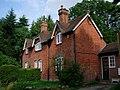 Cottages - Back Lane nr. Sevenoaks - geograph.org.uk - 217552.jpg