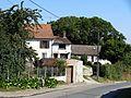 Courcelles-lès-Gisors (60), rue d'Inval 3.jpg