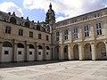 Couvent des Jacobins - cour Mably (Bordeaux).jpg