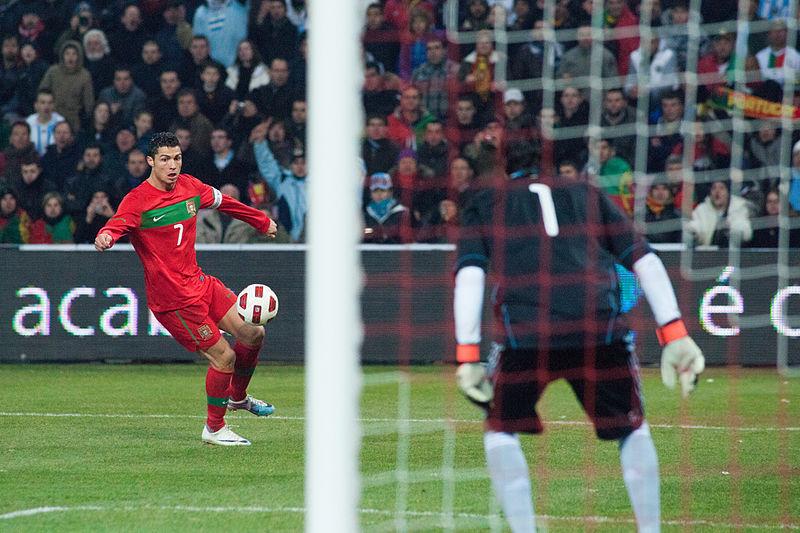 cristiano ronaldo 2011 portugal. File:Cristiano Ronaldo (L),