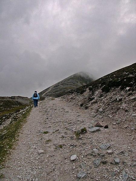 File:Croagh patrick path.jpg