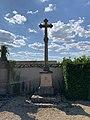 Croix Cimetière Grièges 1.jpg
