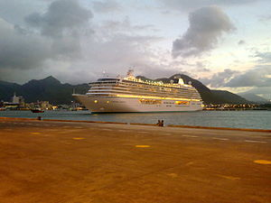 Crystal Serenity - Image: Crystal Serenity Cruise Ship